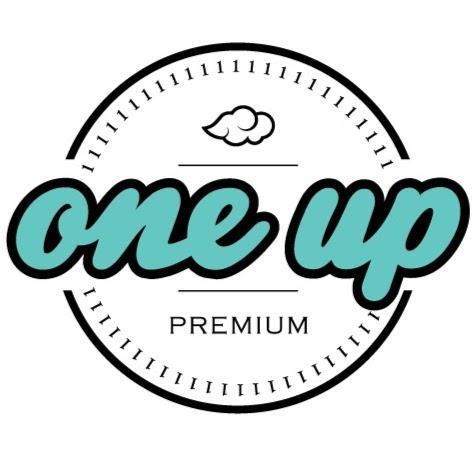 One Up Vapor USA E-juice logo